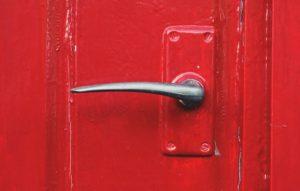 5 Benefits of Front Door Security Cameras